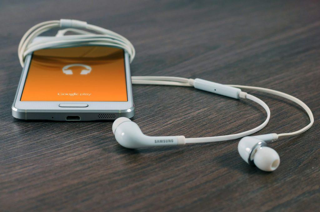 Na co zwracać uwagę wybierając słuchawki, aby otrzymać najlepszą jakość dźwięku?