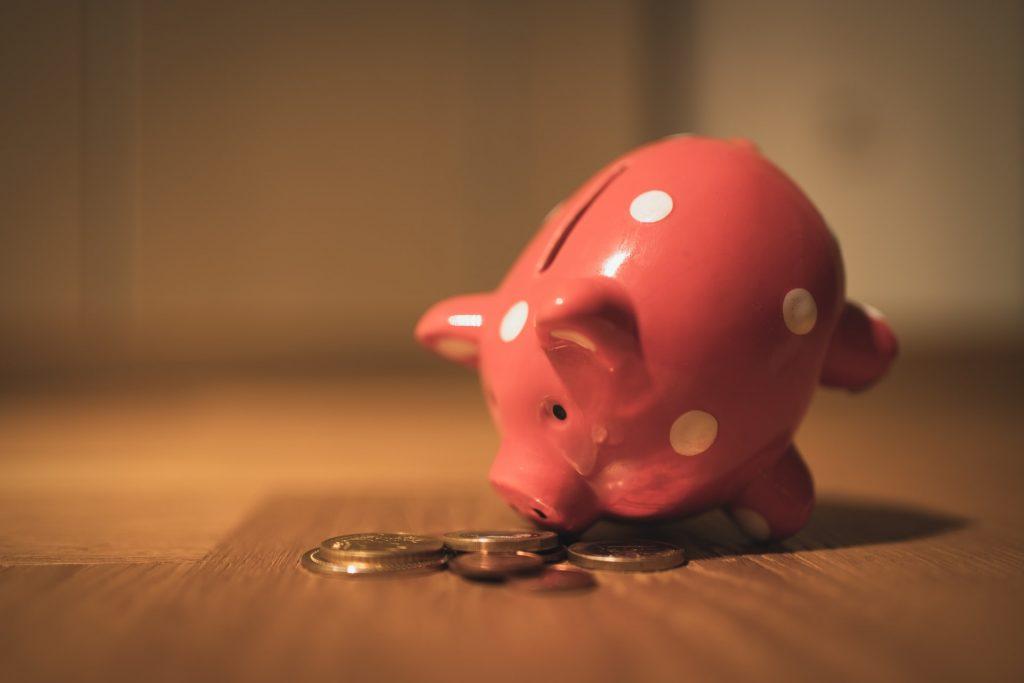 """Pieniądze na """"czarną godzinę"""" – dlaczego warto je mieć?"""